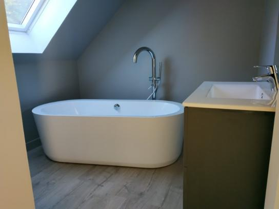 Travaux Revêtement sol et mur salle de bain